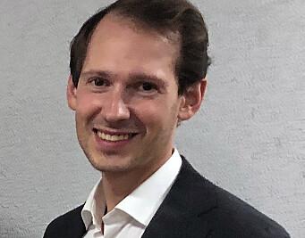 Emanuel Feinberg arbeider med generell sivilrettslig tvisteløsning og prosedyre, og har blant annet representert Natur og Ungdom i klimasaken mot oljeboring i nordområdene.