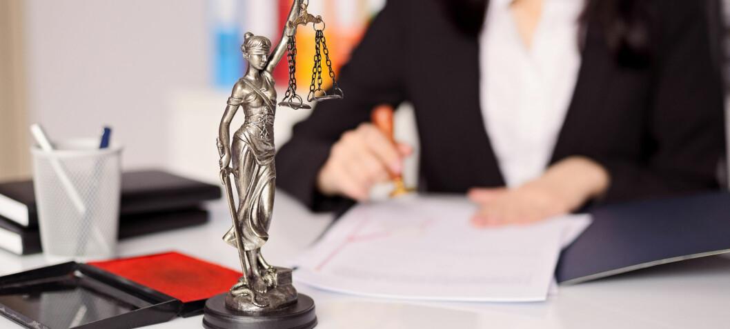 Advokatfirmaet Hjort har sendt permitteringsvarsel til 16 prosent av de ansatte advokatene