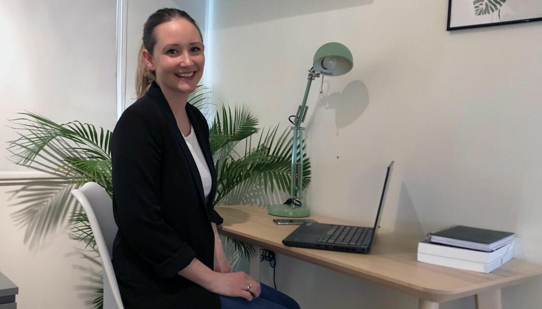Gabrielle Lilleeng Asmyhr arbeider for tiden fra hjemmekontor i Drammen.
