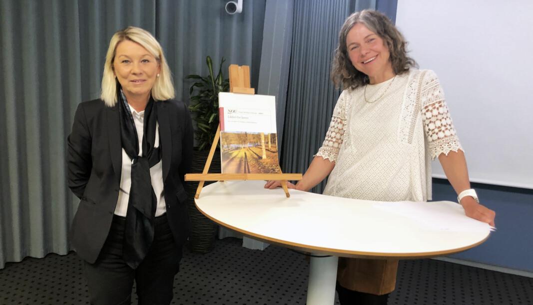 Justisminister Monica Mæland (H) takket utvalgsleder Ingebjørg Tønnessen for arbeidet med forslaget til ny rettshjelpslov, og sa hun var forberedt på at det ville bli gjenstand for mye debatt.