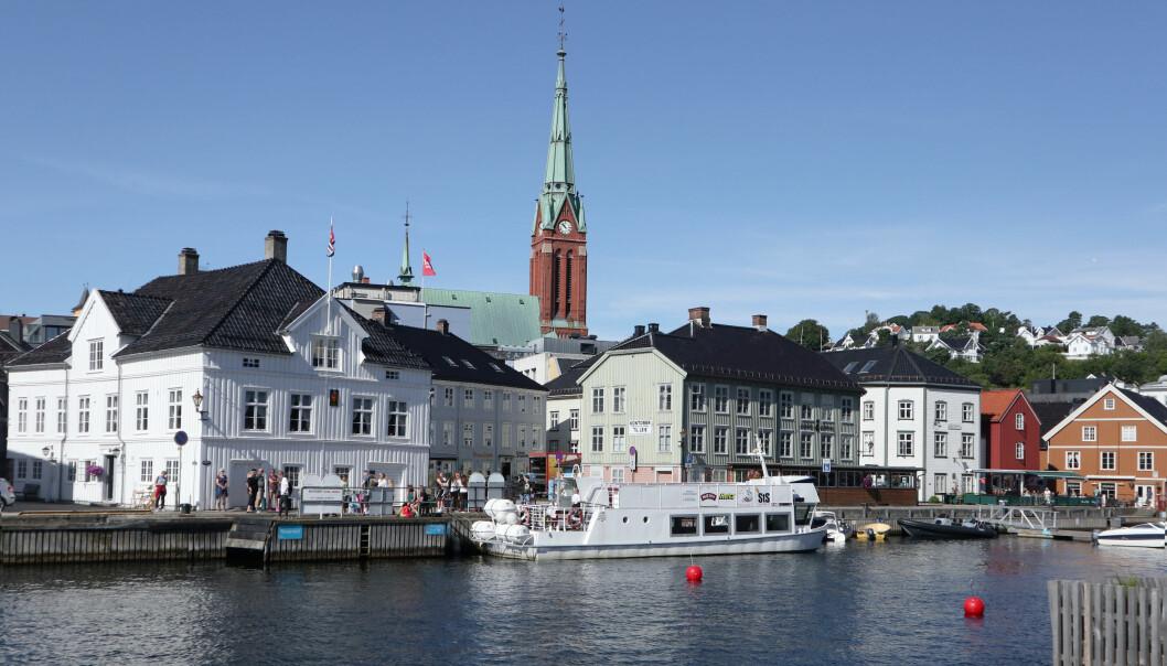 En mann kjørte med promille i indre Arendal havn, og mistet retten til å føre båt i ett år.