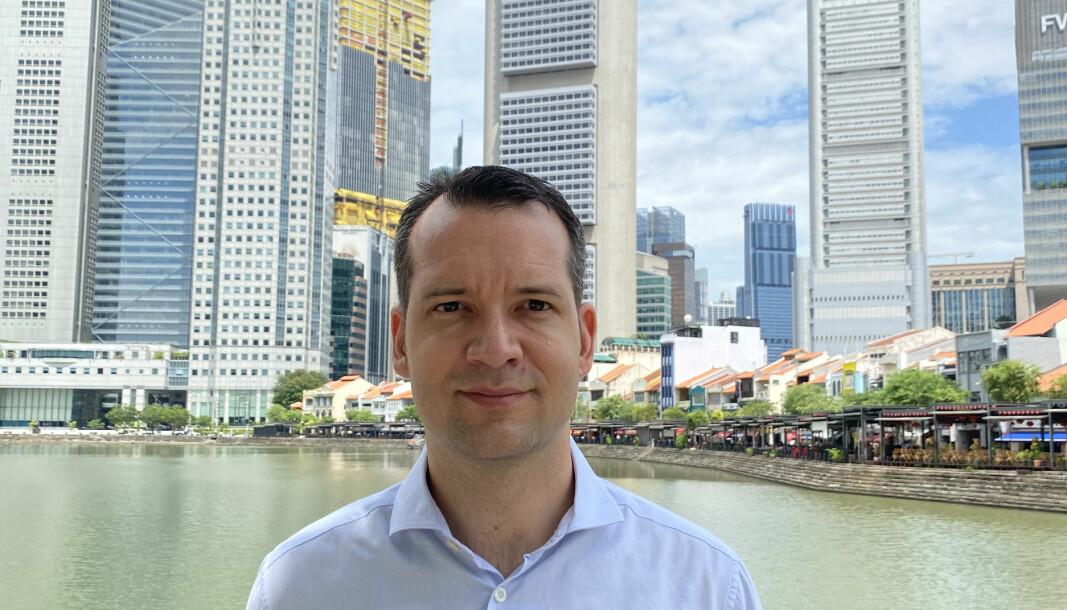Å kunne engelsk juss er viktig for å lykkes som norsk advokat i utlandet, forteller Torgeir Willumsen, her hjemme i Singapore.