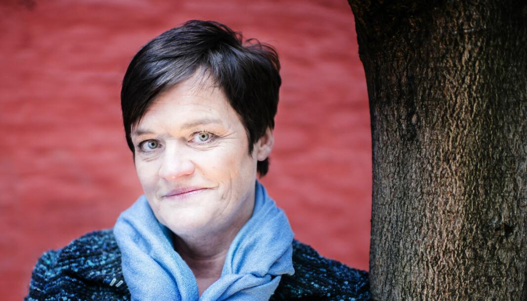 Advokat Mette Yvonne Larsen snakker nordnorsk. Det synes en svensk tingrett er for vanskelig å forstå.