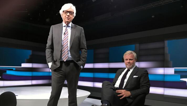 Programleder Ole Torp og Jon Wessel-Aas etter opptaket på NRK Marienlyst onsdag ettermiddag. <br>-Vi har hatt flere gjester fra den juridiske sfære, og det har alltid slått bra an blant publikum, sier Ole Torp til Advokatbladet.