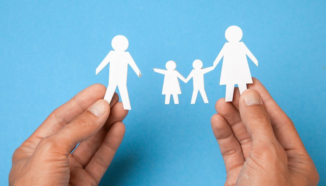 Mens tingretten konkluderte med at barna skulle bo fast hos mor, mente lagmannsretten at de skulle bo fast hos far. Nå har Høyesterett tatt endelig avgjørelse i saken.