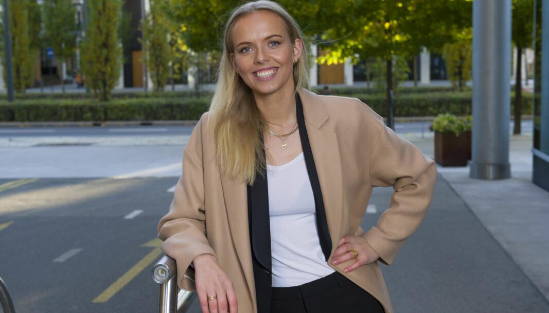 Aurora Bjørnvold Assev har på bare to år bygget seg opp masse erfaring i Riisa & Co.