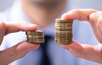 Kvinnelige ansatte advokater tjener 135.000 kroner mindre enn menn