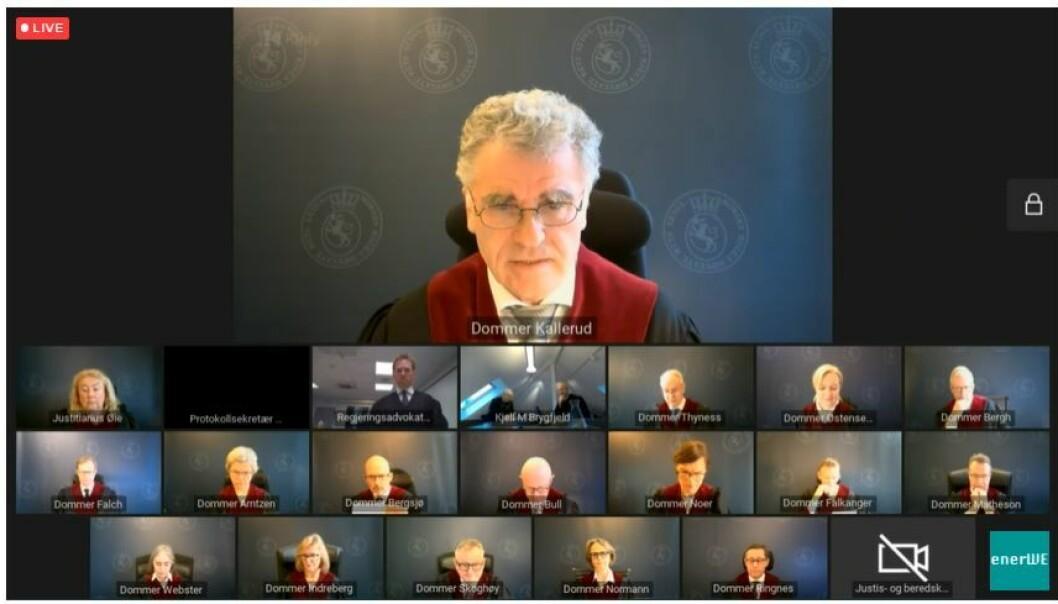 Dommer Knut H. Kallerud brukte en drøy time på å lese sitt votum, som var en forkortet versjon.
