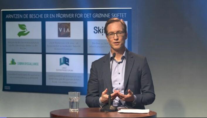 Knud Jacob Knudsen leder Arntzen de Besches entreprisegruppe i Oslo.