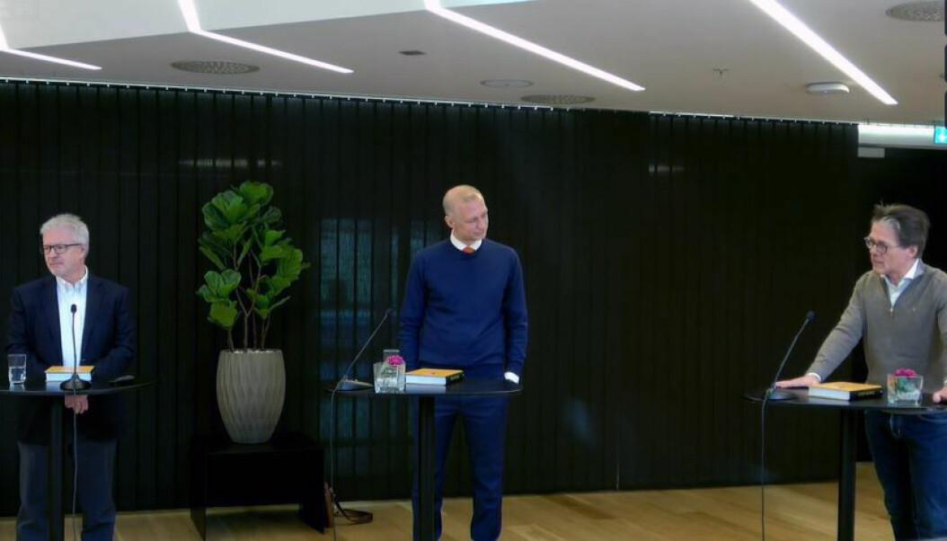 BAHR-partner Jan Einar Barbo, førsteamanuensis Herman Bruserud og professor Lasse Simonsen fortalte om boken de har vært redaktører for.