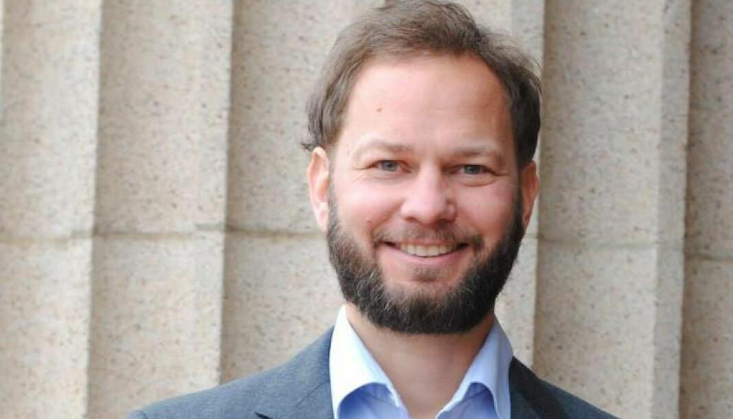 Henrik Bjørnebye har til nå vært professor ved Nordisk institutt for sjørett ved Det juridiske fakultet ved UiO, der han leder instituttets avdeling for energi- og ressursrett.