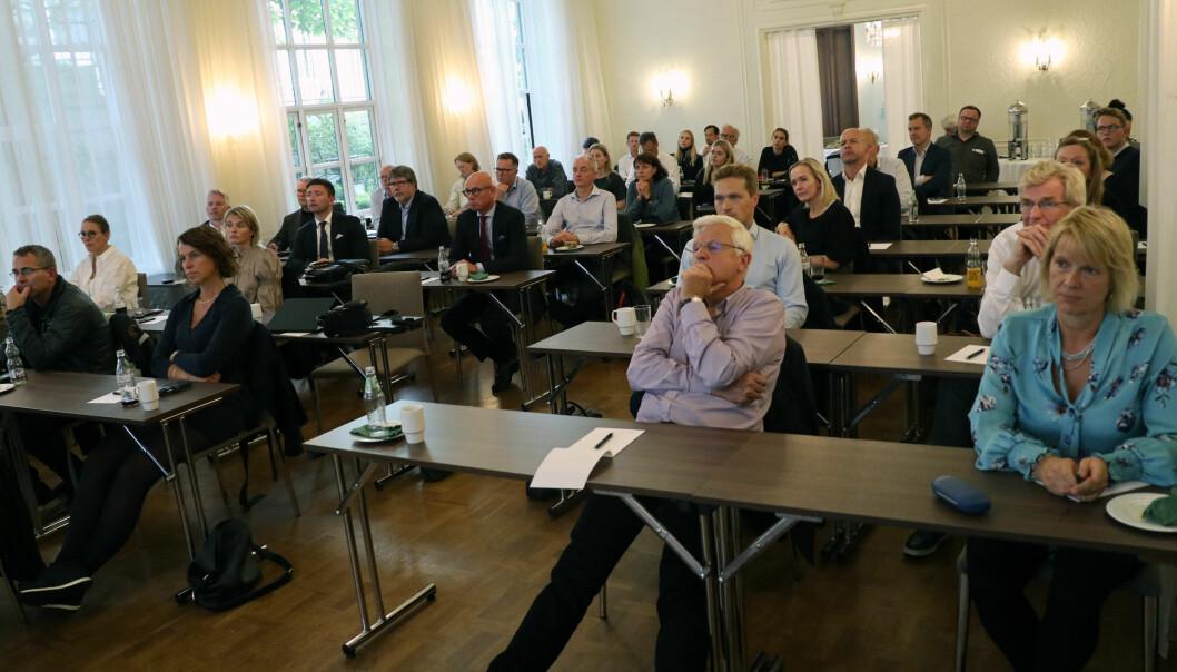I henhold til koronarestriksjonene ble det satt et tak på femti deltakere på kurset som fant sted på Grand Hotel Terminus i Bergen sentrum.