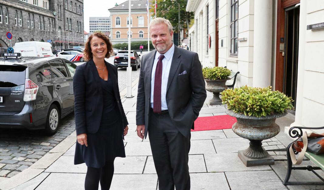 Ingelin Morken Gundersen er kretsleder i Vestland krets, og satte pris på snarvisitten fra Advokatforeningens leder Jon Wessel-Aas.