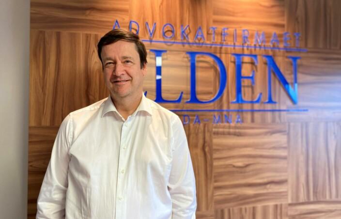 John Christian Elden på kontoret i Oslo.