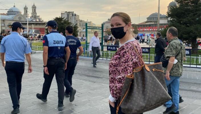 Maria Hessen Jacobsen på Taksimplassen i Istanbul.
